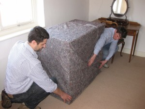 Wrapping_Furniture