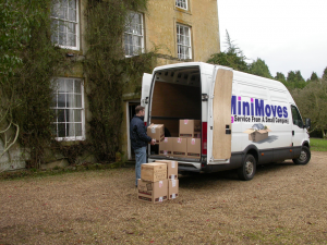 MiniMoves-removal-van